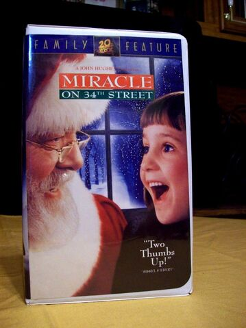 File:Miracle on 34th Street 1996 Reprint VHS.jpg