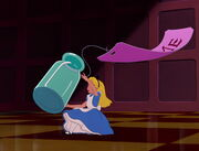 Alice-in-wonderland-disneyscreencaps.com-860