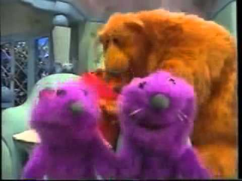 File:Pip and Pop from Bear in the Big Blue House Preview.jpg