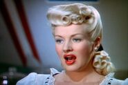 Betty-grable-pin-up-girl-3