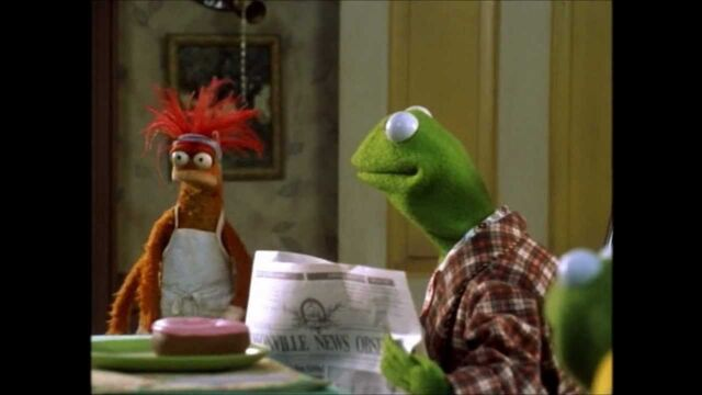 File:Muppets from space theatrical preview.jpg