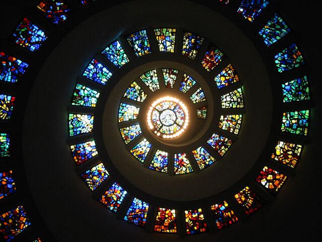 File:Thanksgiving chapel interior.jpg