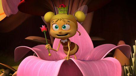 File:Young Queen (Maya the Bee).jpg