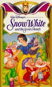 Snow-White-and-the-Seven-Dwarfs-Walt-Disney-Masterpiece-VHS-155890641X-L