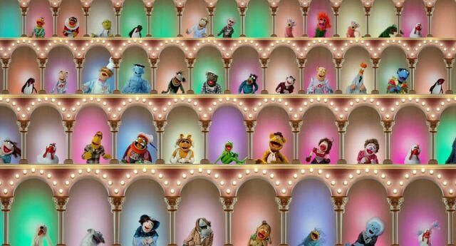 File:Muppets2011Trailer02-13.jpg