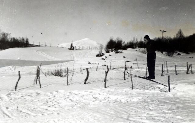 File:Ingvart Bergeton skihopp.jpg