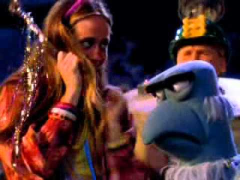 File:Sam the eagle in Muppets from space.jpg