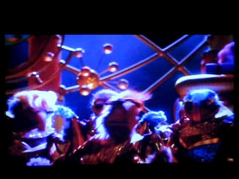 File:Muppets from space teaser trailer.jpg