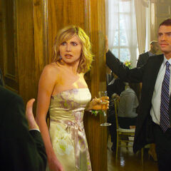 J.D. convinces Sean to talk to Elliot