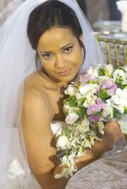 3x22 Carla in wedding dress