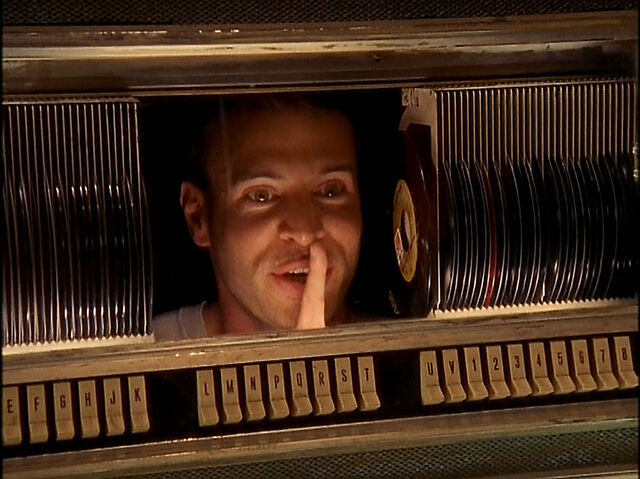 File:3x19 Sean in jukebox.jpg