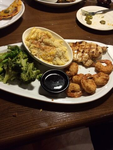 File:Friday's jack chicken and shrimp meal.jpeg