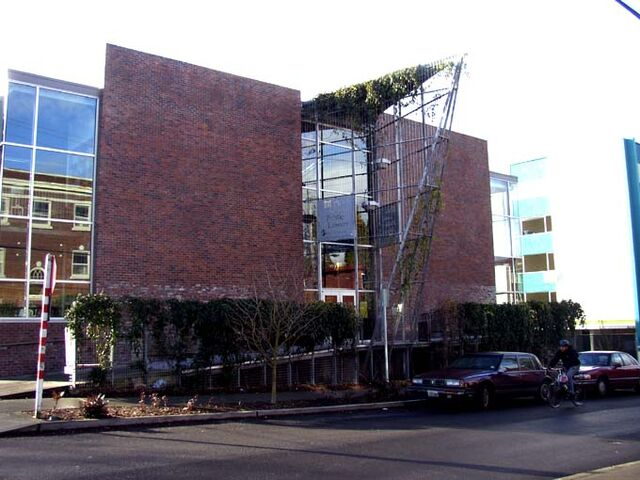 File:Cap hill library.JPG
