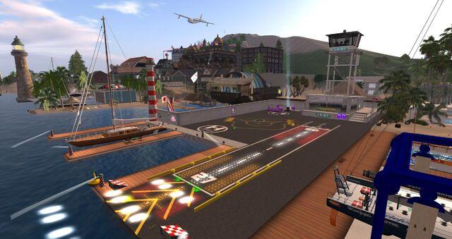File:Poolside Airfield, looking SW (11.13).jpg