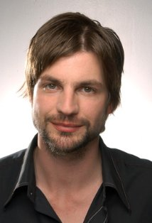 File:Gale harold.png