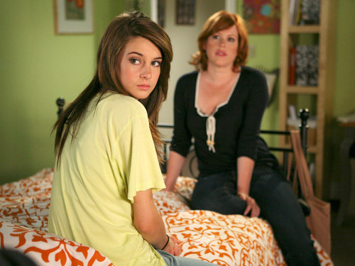 File:Anne and amy.jpg