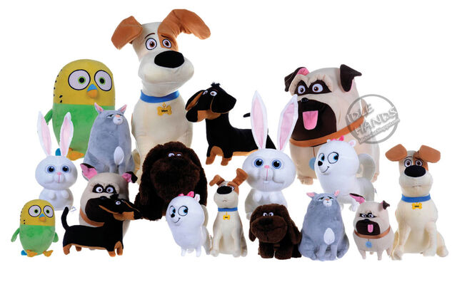 File:Toy Fair 2016 Secret Life of Pets Plush Toys 01.jpg