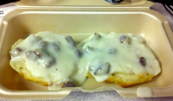 File:Biscuits-and-gravy.jpg