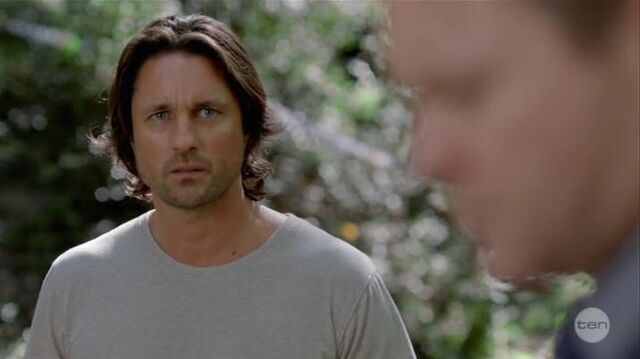 File:Australian Series-1x01-26.jpg
