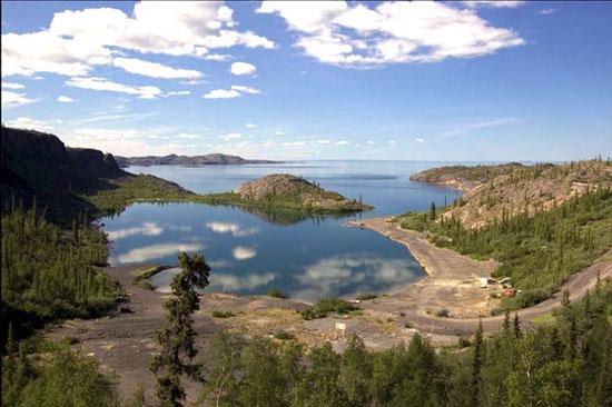 File:Great Bear Lake Fishing.jpg