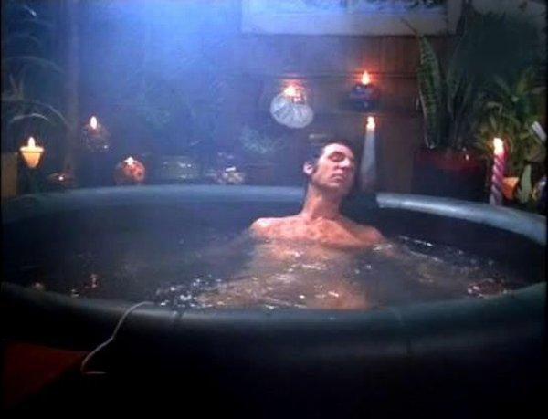 File:The hot tub.jpg