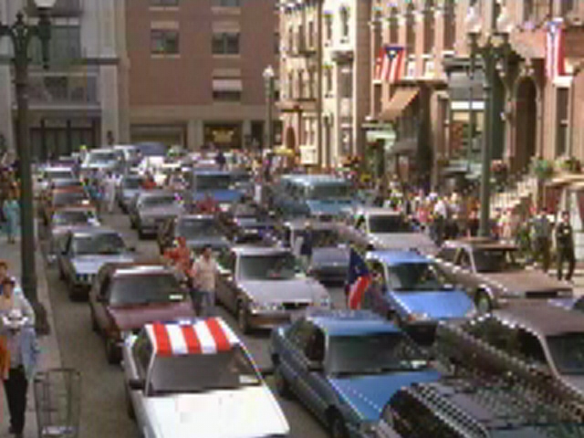File:Fifth Avenue.jpg