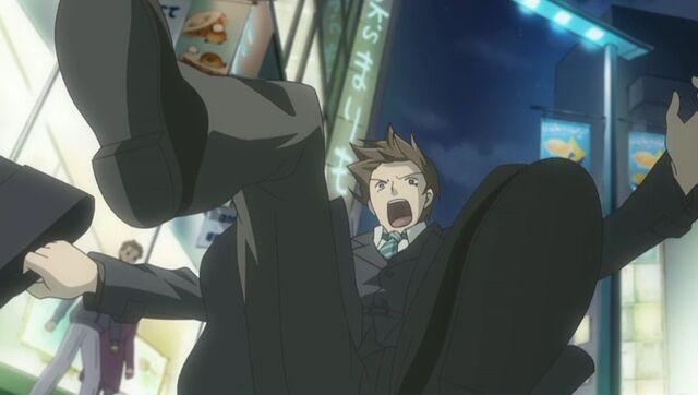 File:Kisa's ex pulled back by Yukina ep09.jpg