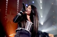Selena-gomez-performs-onstage-during-wild-949s-fms-jingle-ball-2015