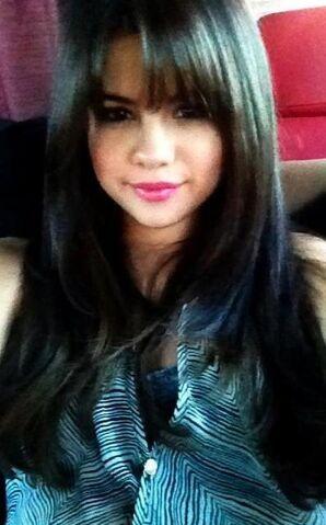 File:Selena-gomez-.jpg