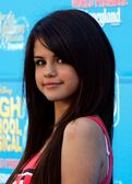 Selena Gomez World Premiere Disney Channel kR03KypcwXOl