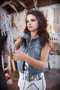 SELENA-GOMEZ-in-Adidas-NEO-Fall-2013-Promotional-Photoshoot-1