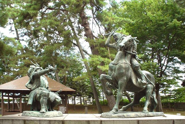 File:Kawanakajima statue.jpg