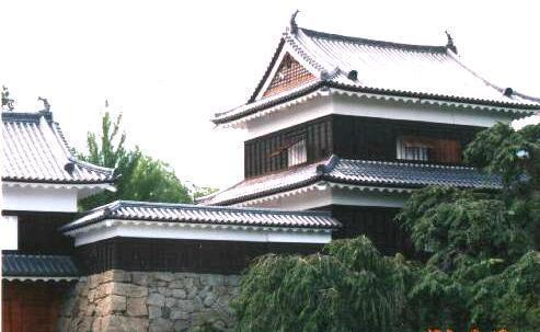 File:Ueda Castle 6.jpg