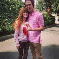 Bella-thorne-with bf again