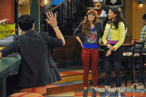 Shake It Up Three's a Crowd