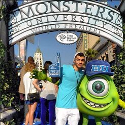 Adam-irigoyen-monstersuniversity-premiere-(2)