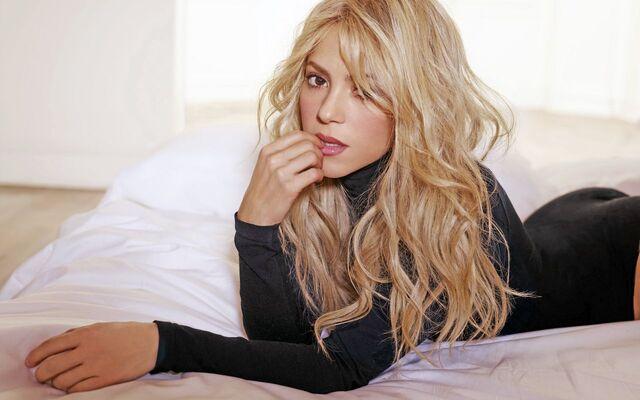 File:Shakira-wallpapers-5- 1.jpg