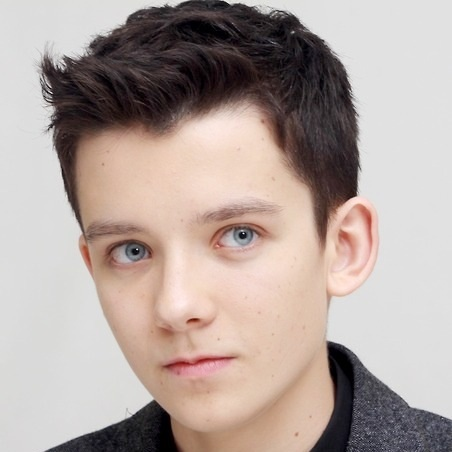 File:Asa Butterfield.jpg