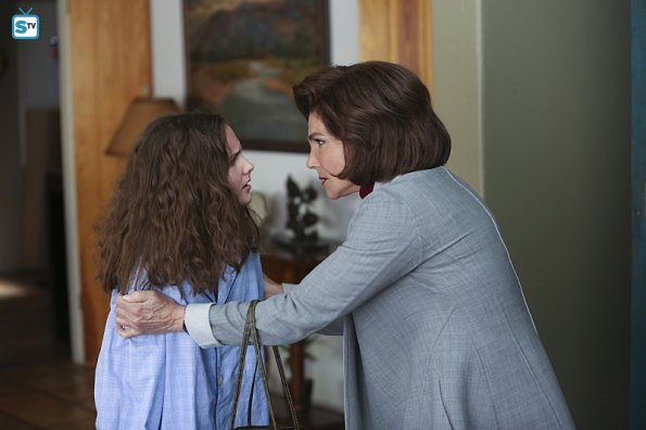 File:1x15 Promotional photo 11.jpg