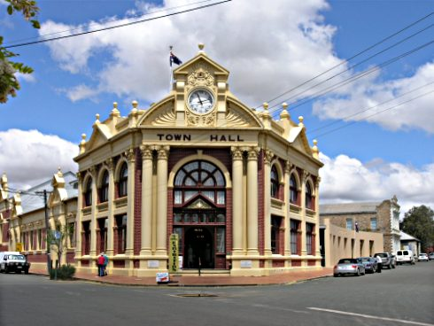 File:York Town Hall .jpg