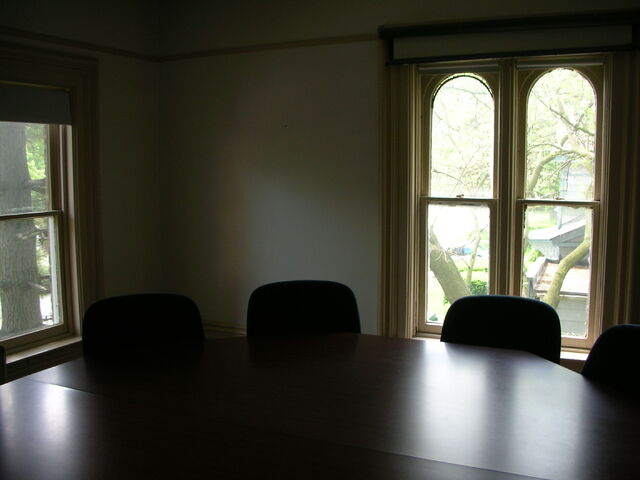 File:Waukegan 438 interior pi classroom windows.jpg