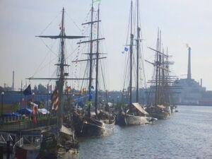 Ships alongside at Green Bay