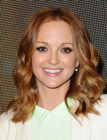 Jayma-Mays-at-Marni-at-HM-Collection-Launch-in-Los-Angeles-5