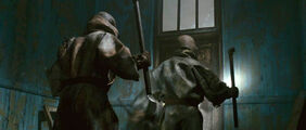 Attack d door