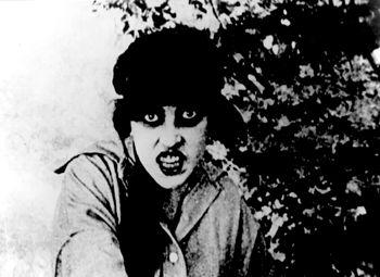 File:Musidora as Irma Vep.jpg