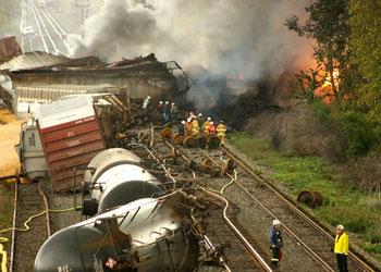File:DISASTMGT ART-IMG-2 train derailed.jpg