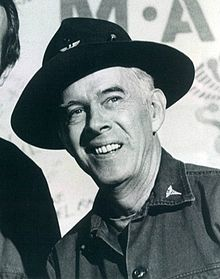 File:Harry Morgan.jpg