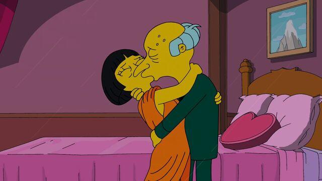 File:Lyla and Mr. Burns reunite.JPG
