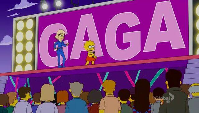 File:Lisa Goes Gaga 89.JPG