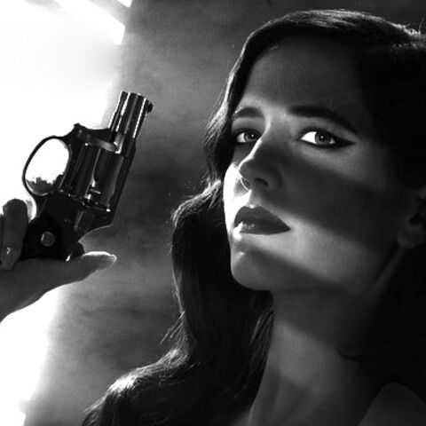 Promotional image of Ava Lord (Eva Green) holding the revolver.